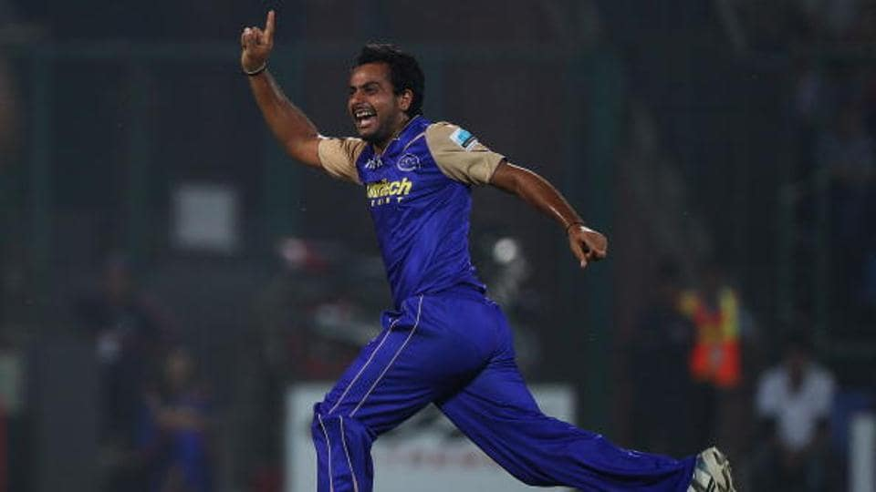 Sumit Narwal completed 200 first-class scalps with a four-wicket haul in the Saurashtra first innings.