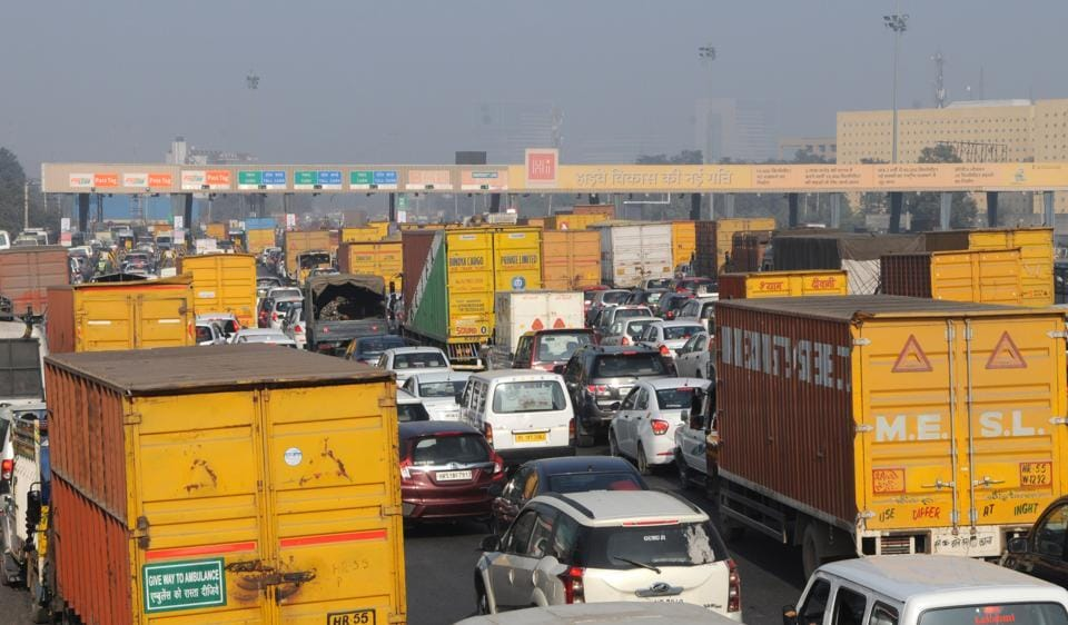 Vehicles queue up at Kherki Daula toll plaza on the Gurgaon expressway as the struggle for change continued on Saturday.