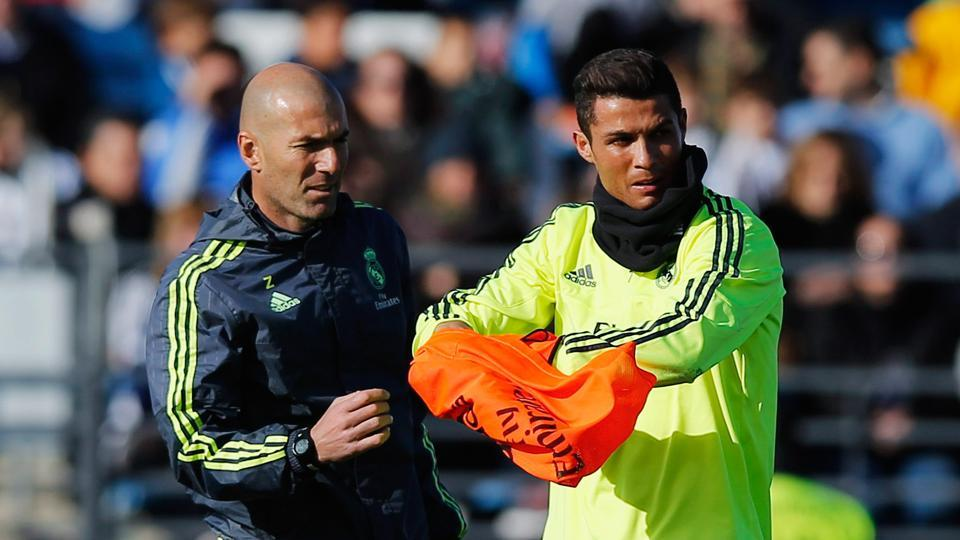 Zinedine Zidane wants the situation with Cristiano Ronaldo resolved quickly so that his team can concentrate on football matters.