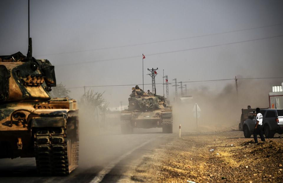 Turkey,Turkish jets hit IS targets,Turkish Army