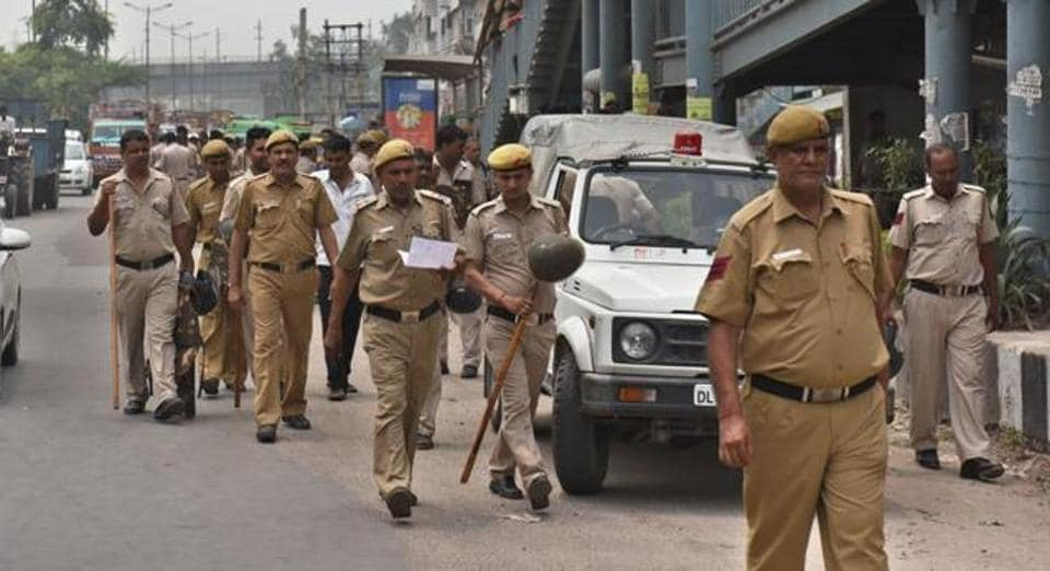 Indian Police,Delhi Police,Police officers held guilty