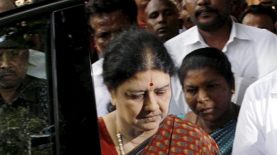 V Sasikala arrives to pay her last respects to political commentator Cho Ramaswamy at his residence in Chennai.