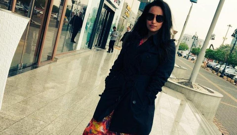 Saudi police detained her for violating modesty rules after she removed her abaya, the loose-fitting, full-length robes women are required to wear.