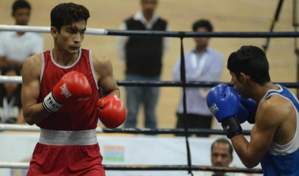 Shiva Thapa lived up to the expectations when he punched Punjab's Vijay Kumar out by a 5-0 unanimous decision in the semi-final of the lightweight category at Boxing Nationals.