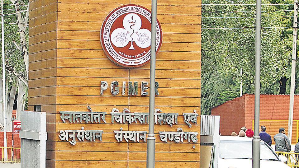 PGI director,Shimla MP,flags issue