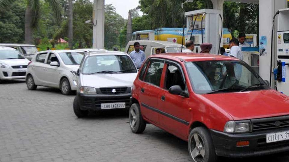 Payments for fuel made via digital wallets and cards will attract a discount of 0.75% starting Dec 13.
