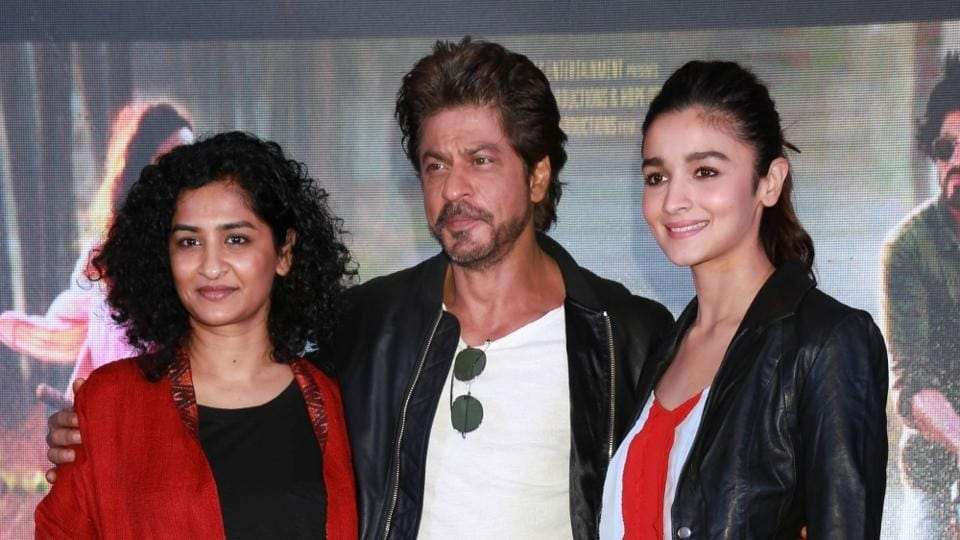 Filmmaker Gauri Shinde (L) with her Dear Zindagi stars Shah Rukh Khan and Alia Bhatt.