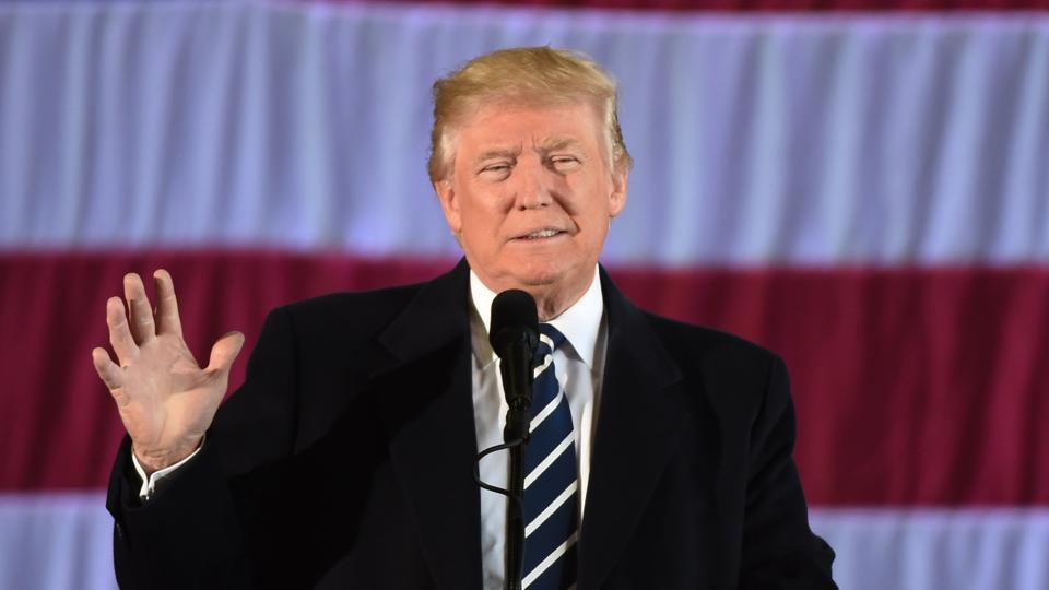 President-elect Donald Trump signalled that his businesses will not carry out any new deals while he is in the White House.