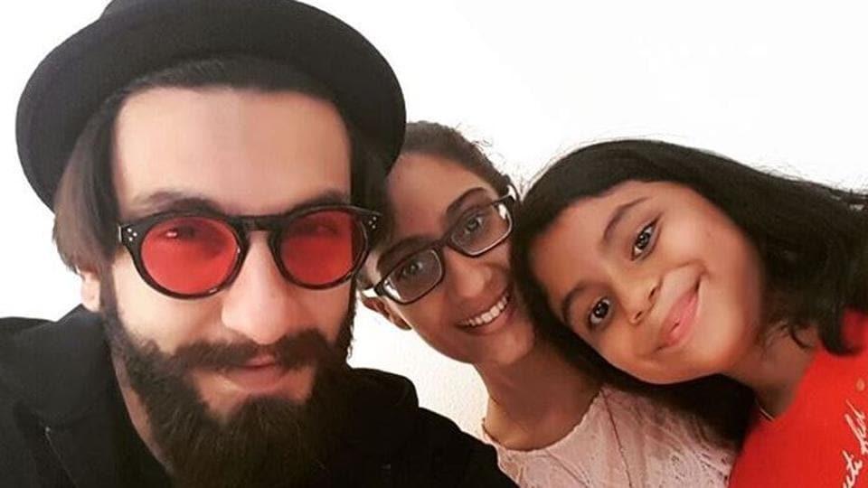 Bollywood star Ranveer Singh poses with Renee and Alisah - daughters of Sushmita Sen.