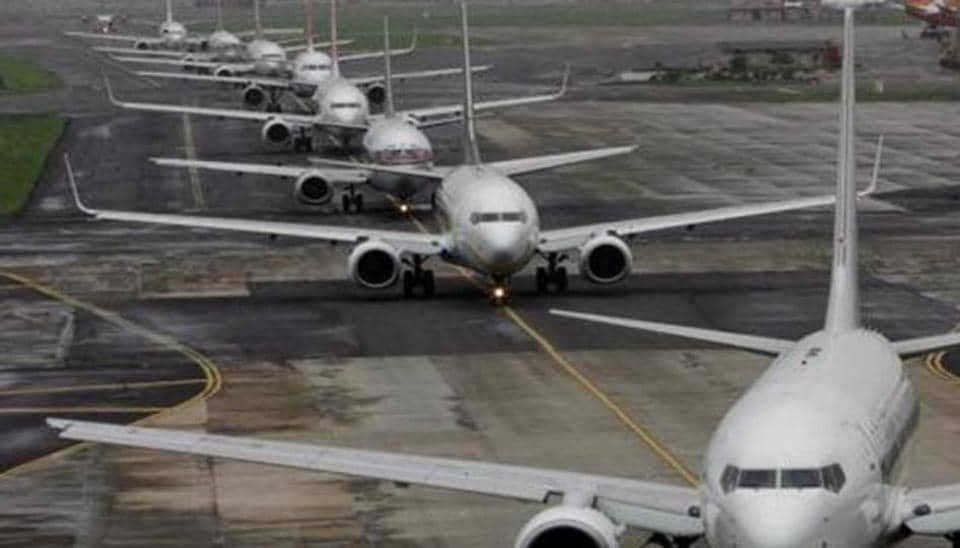 Delhi airport,Flights delayed,Fog in Delhi