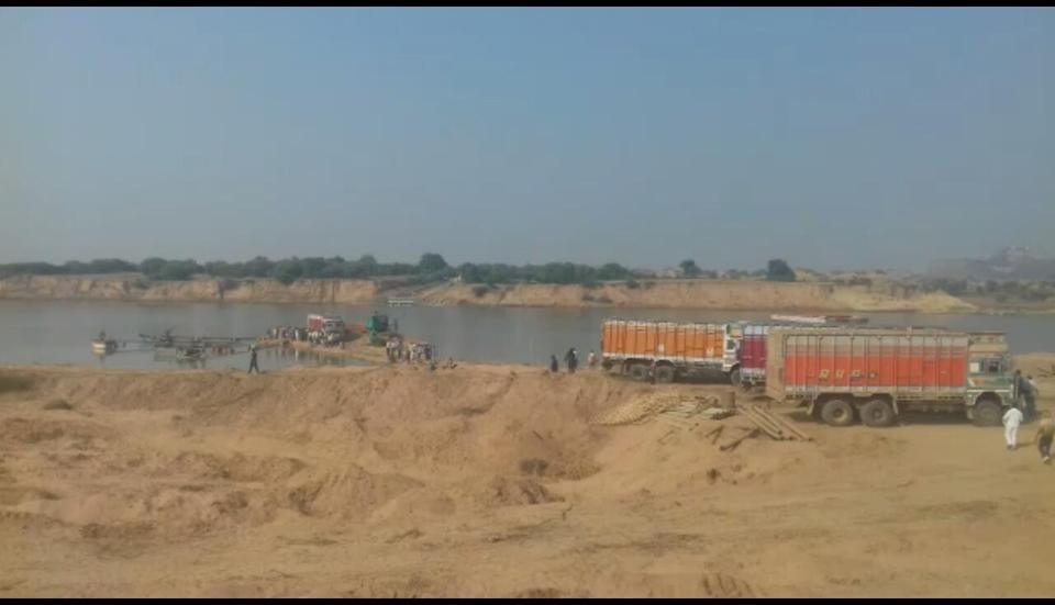 mineral resource,unauthorised transportation of minerals,Madhya Pradesh