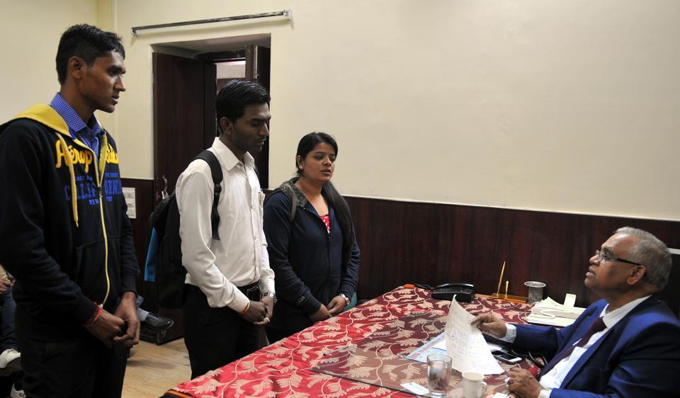 IPS Academy,Devi Ahilya Vishwavidyalaya,Vaishnav College