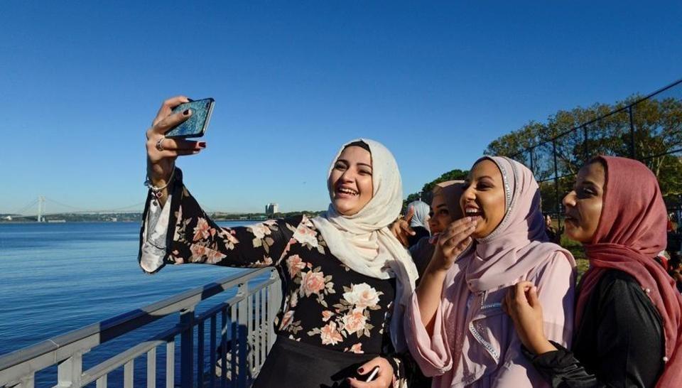 Facebook,Twitter,Muslim registry in US