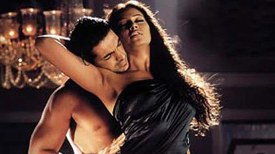Later, the Mahesh Bhatt camp revived the trend of erotica in Bollywood with 2003 film Jism.