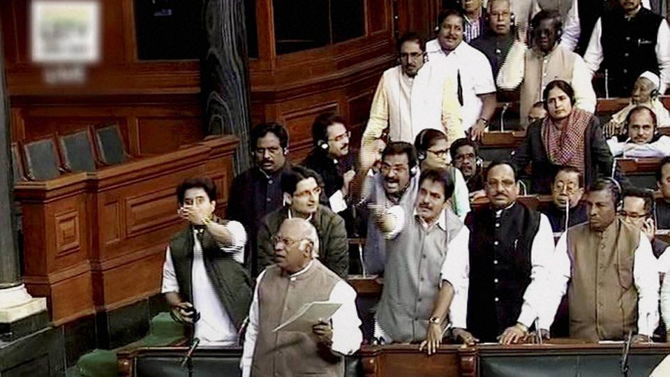 Congress,BJP,LK Advani