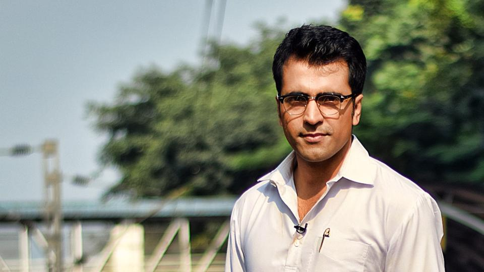 Abir Chatterjee is the only Bengali actor to have played both Feluda and Byomkesh Bakshi. In 2016, Abir was replaced by Sabyasachi Chakraborty as Felu Mitter in Sandip Ray's films.