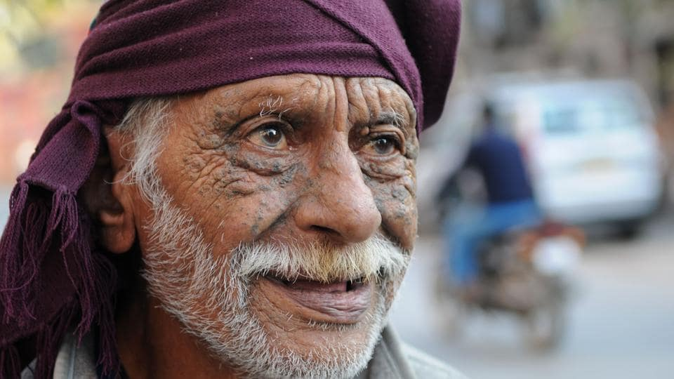 Nand Lal, a resident of Bhim Nagar, Gurgaon, is a retired armyman who served on the border along Punjab and Jammu and Kashmir.