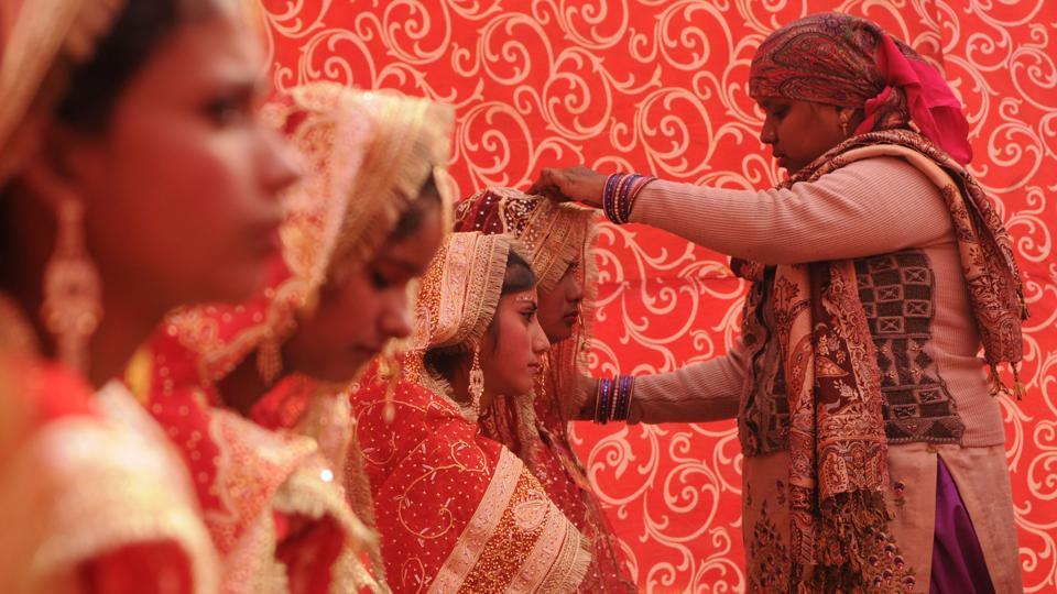 Of the 72 couples, 12 are from Bihar and the remaining from Delhi-NCR. The families had to apply for the wedding ceremony a few months ago.  (Burhaan Kinu/HT PHOTO)