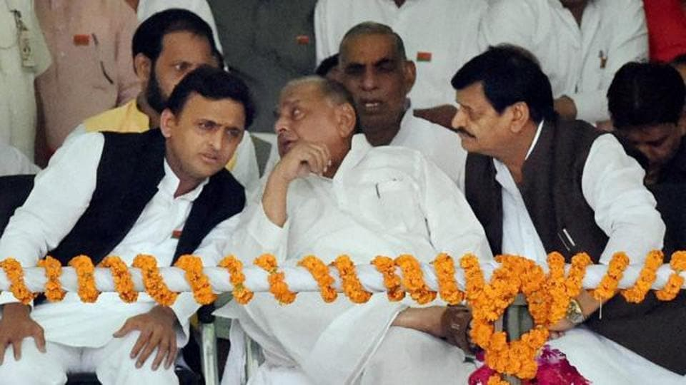 Samajwadi Party chief Mulayam Singh Yadav on Friday ruled out an alliance with any party for the upcoming assembly elections in Uttar Pradesh..