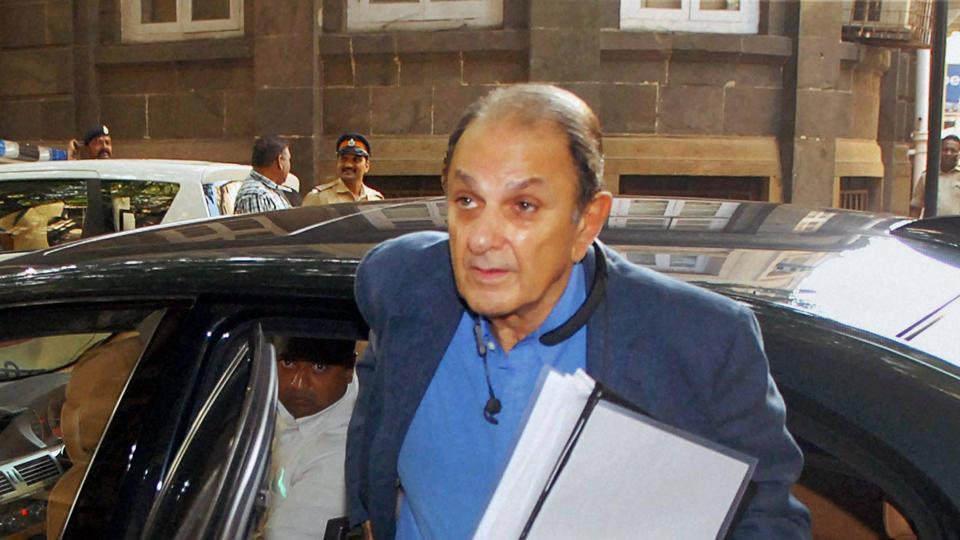 Nusli Wadia,Tata Sons,Tata group