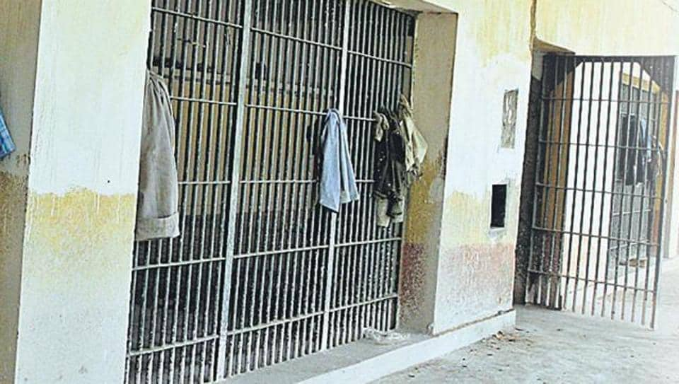 Due to poor food quality, many inmates are suffering from piles and alleged are not getting proper treatment.