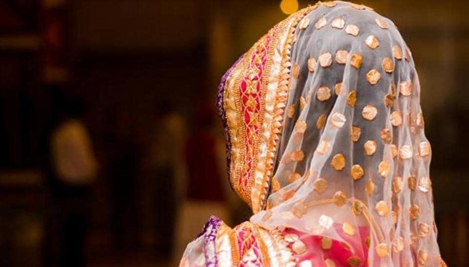 Kerala,Noida,Con Bride