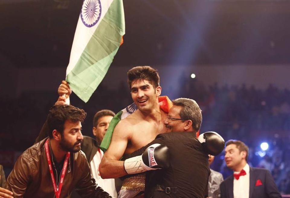 While Vijender Singh trumped Francis Cheka in the ring, Virender Sehwag left everybody behind on Twitter with his trademark wit.