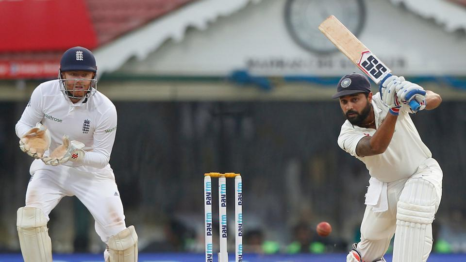 Murali Vijay, who did not open the innings due to an injured shoulder, played some good shots as India ended day 3 on 291/4, trailing by 86 runs. (BCCI)
