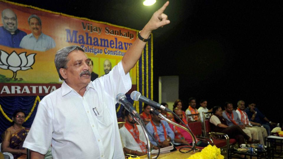 Union defence minister Mahonar Parrikar addresses BJP party's Vijay Sankalp Rally at Taleigao in Goa on Saturday.