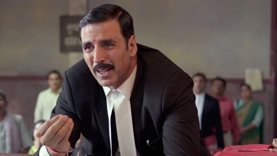 Akshay Kumar replaces Arshad and plays a small time lawyer who has never done anything great in his life and stumbles upon a life-changing case that is likely to make or break his career.