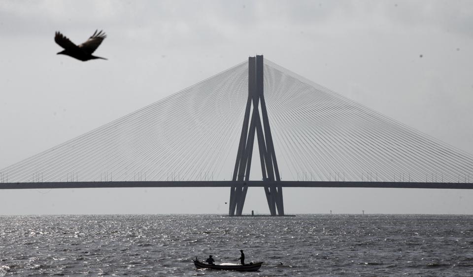 Mumbai,Accident,Bandra-Worli Sea Link