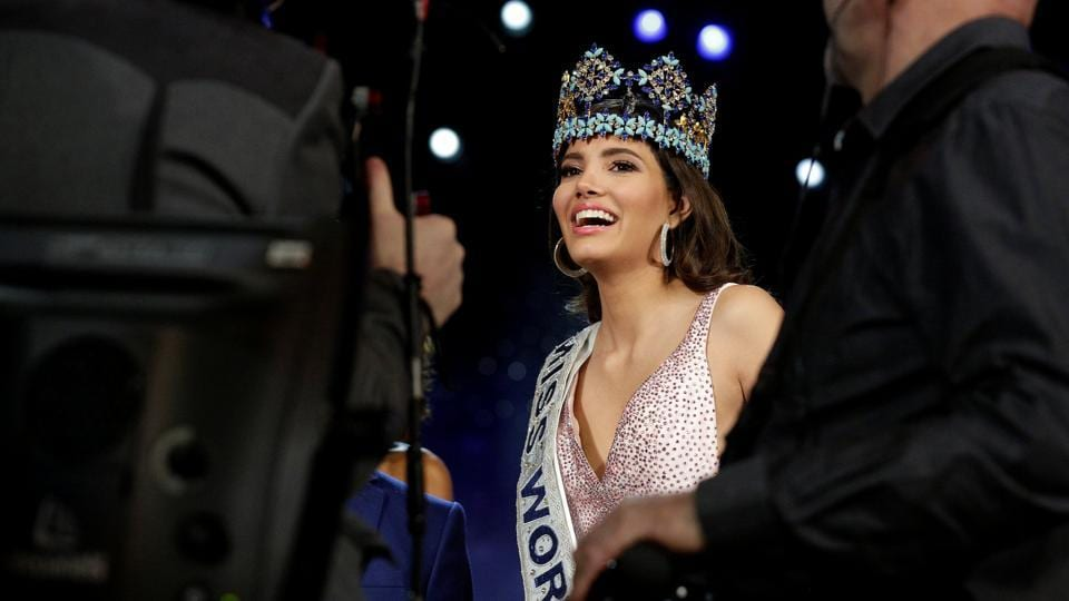 Miss Puerto Rico Stephanie Del Valle speaks to the media after winning the Miss World 2016 pageant. (Joshua Roberts/REUTERS)