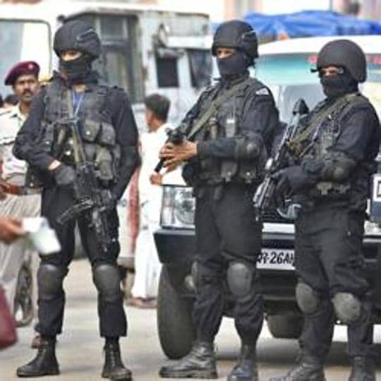 A fully prepared NSG commando wears body gears weighing around 28kg. The new helmet design could potentially increase add to the weight of the gear.