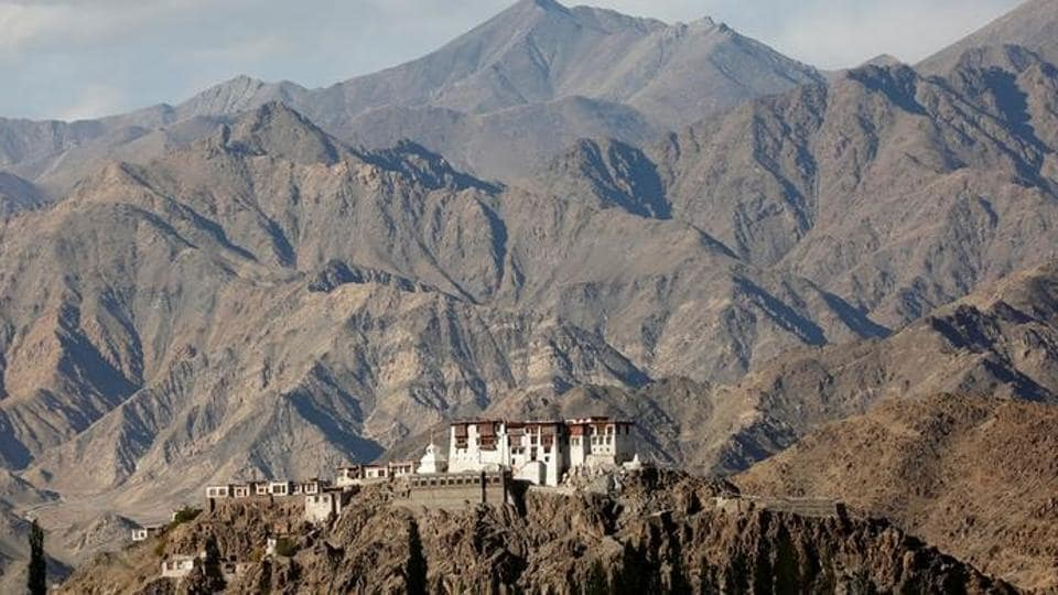 Leh recorded the coldest night of the season on Sunday.