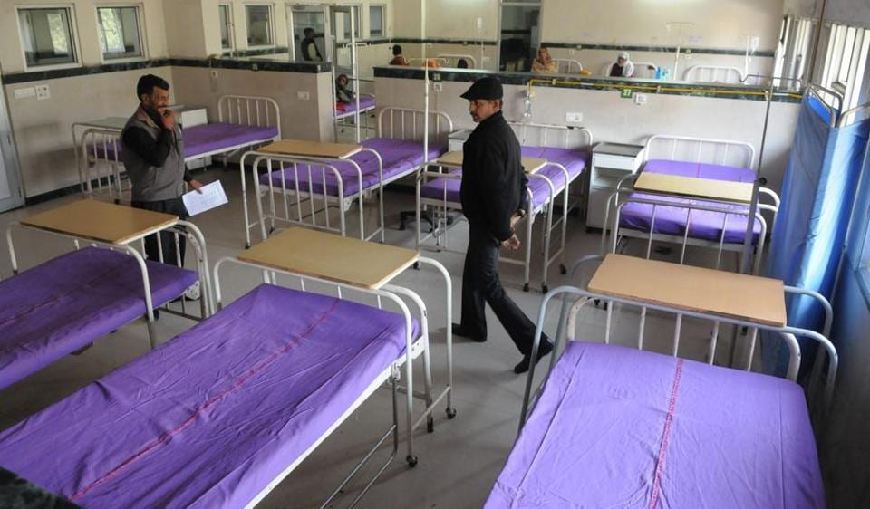 On Monday, the hospitals had violet bedsheets.