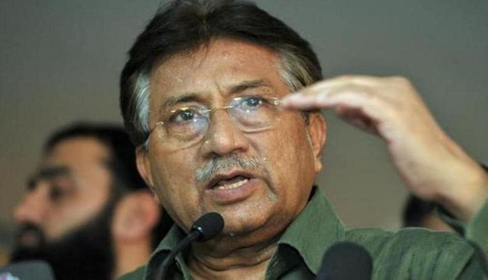 Former Pakistan President General Pervez Musharraf has claimed that ex-army chief Gen Raheel Sharif helped him leave the country.