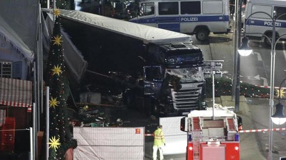 Berlin attack,Lorry razed through Christmas market,Berlin Christmas market