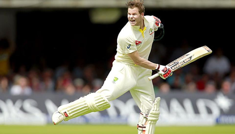 Australia skipper Steven Smith has come under fire from former Australian captains for not applying an attacking approach againstPakistan even when they were on the mat.