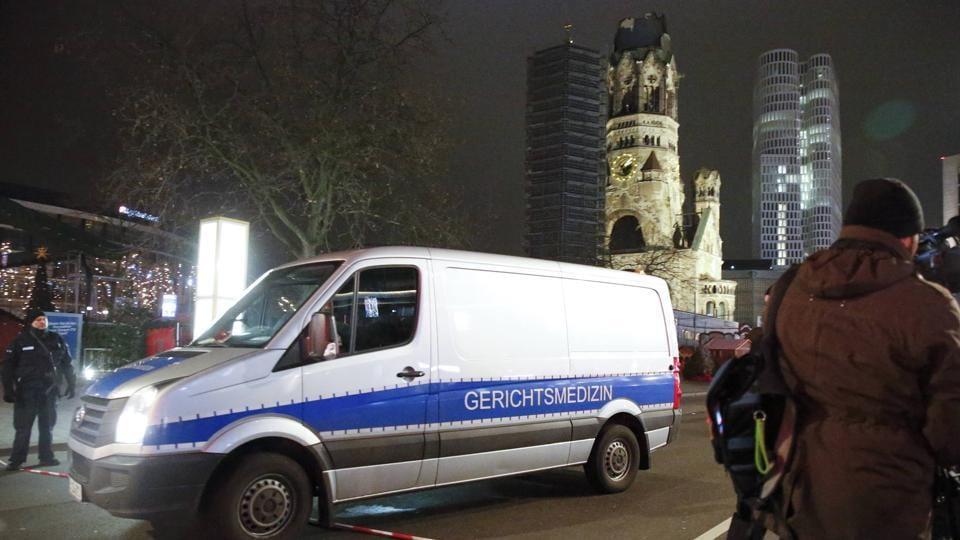 Berlin Christmas market,Berlin attack,Truck rams into Berlin Christmas market