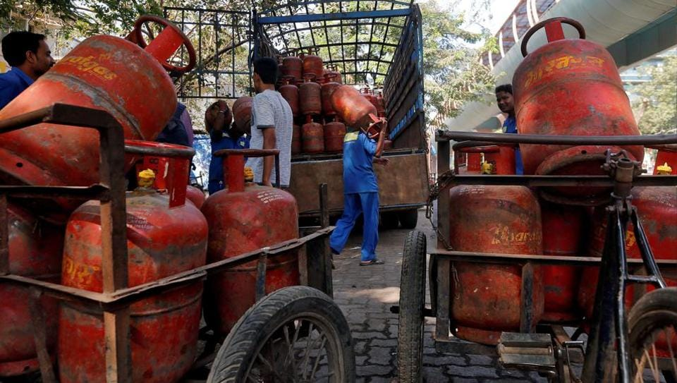 subsidised cooking gas,LPG subsidy,Income Tax department