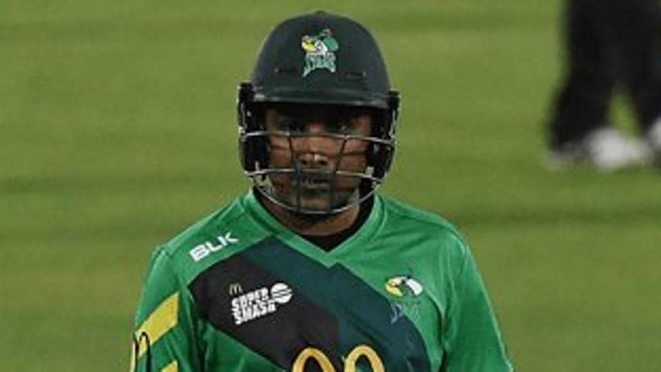 Mahela Jayawardene smashed seven sixes and 12 fours en route to his 116 for CentralDistricts.
