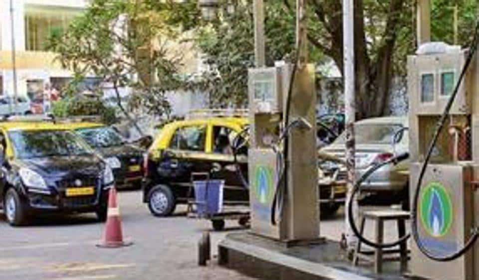 According to taxi union sources, though most CNG stations started refuelling, motorists are still facing problems at a few locations.