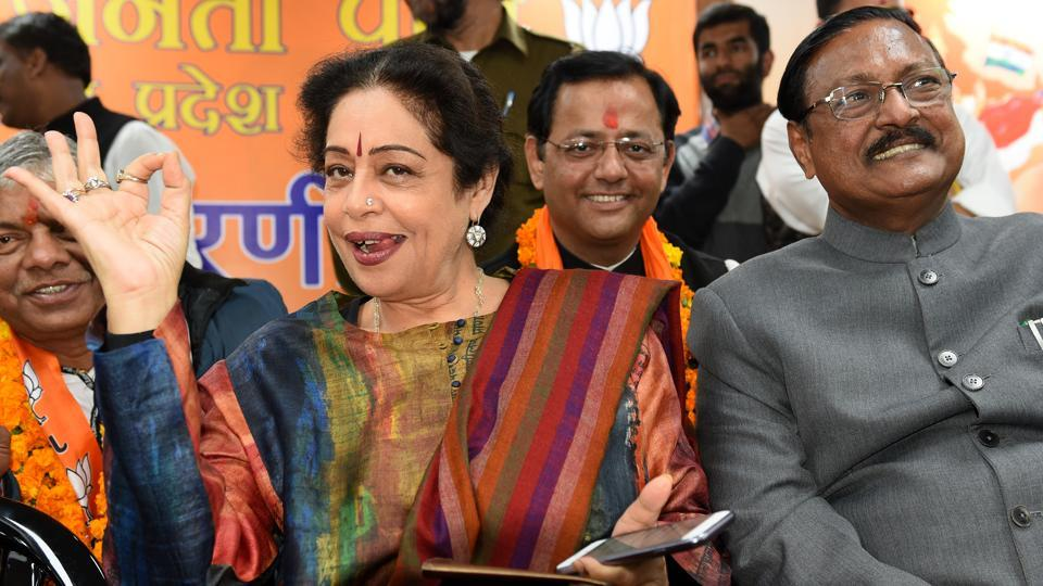 MP Kirron Kher along with senior BJP leader Satya Pal Jain after the party registered an emphatic win in the MC elections in Chandigarh on Tuesday.