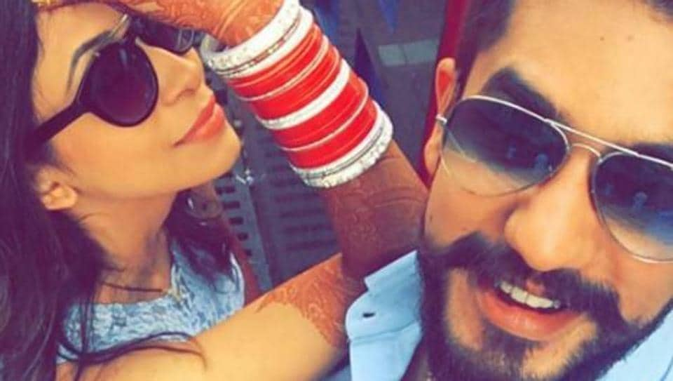 Kishwer got married to Suyyash on December 16. Kishwer is in love with all the jewels that she bought for her wedding.