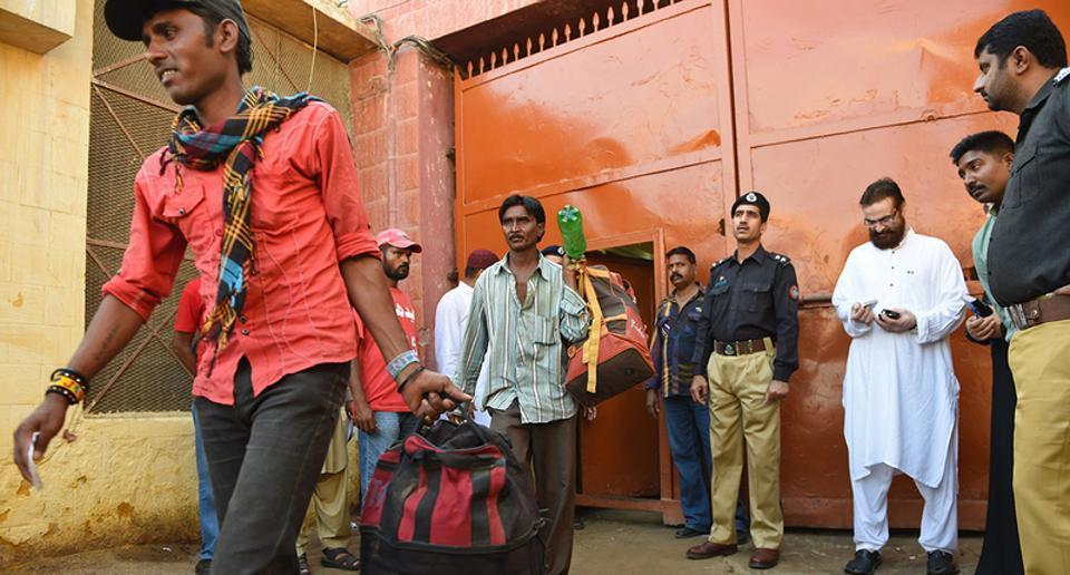Pakistan,Indian fishermen in Pakistan jails,Pakistan release Indian fishermen