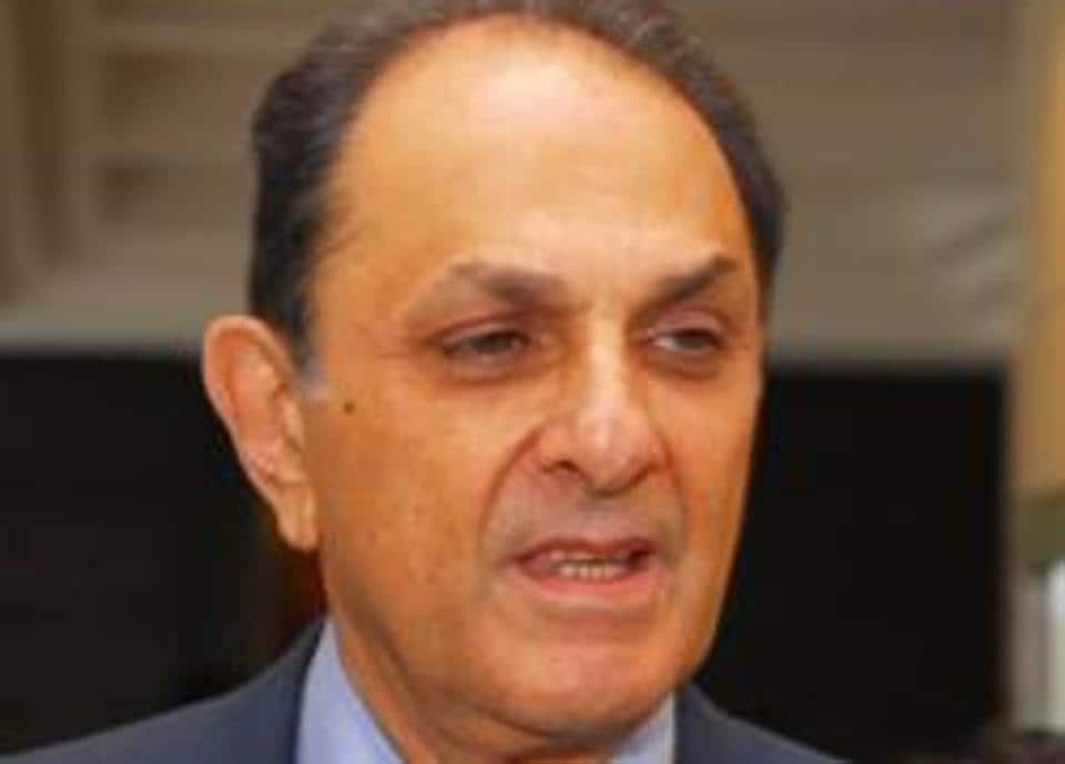 Shareholders of Tata Chemicals will vote today on a resolution to remove independent director Nusli Wadia from the board of the company at an extraordinary general meeting.