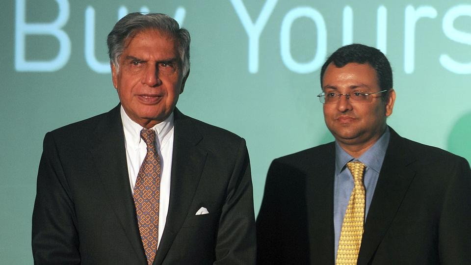 Tata Sons chairman Ratan Tata (L) and former deputy chairman Cyrus Mistry.