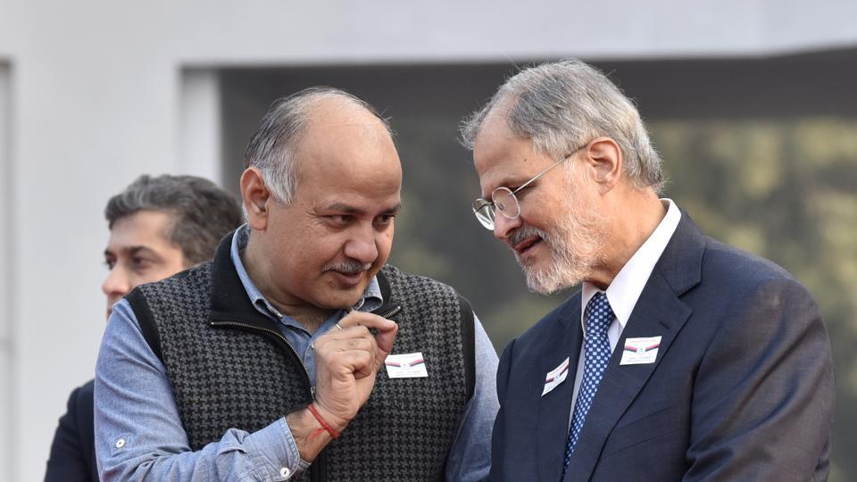 Delhi lieutenant governor Najeeb Jung with deputy CM Manish Sisodia during a felicitation ceremony at Raj Niwas in Delhi.