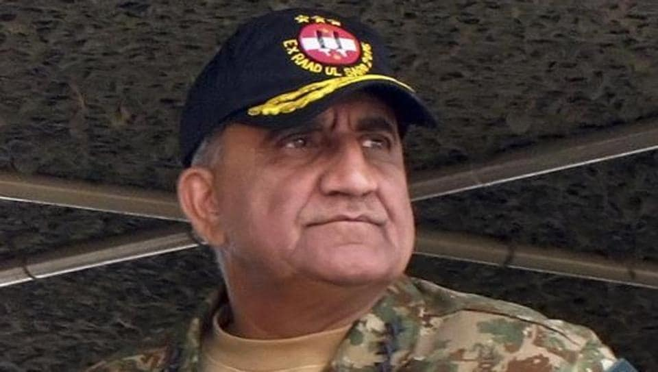 File photo of Pakistan's new army chief, Gen Qamar Javed Bajwa, at a military exercise in Khairpur Tamiwali.