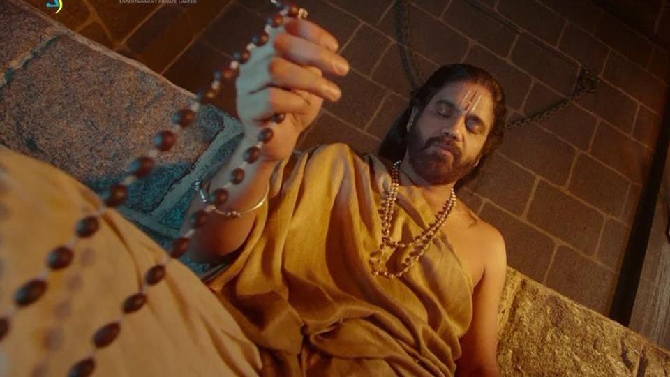 Om Namo Venkatesaya stars Nagarjuna and Anushka Shetty.